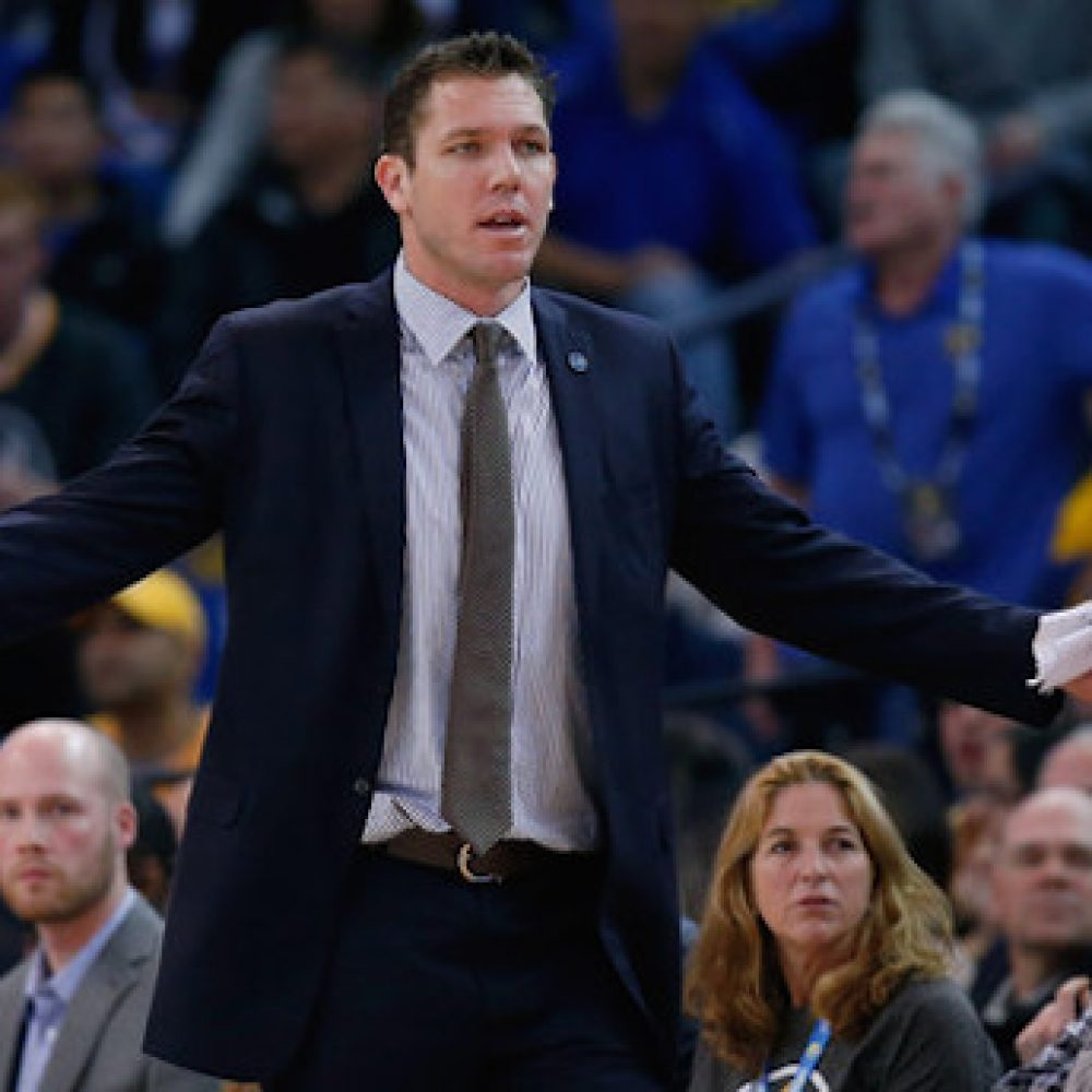 Luke+Walton+Milwaukee+Bucks+v+Golden+State+MG9VFwwO6Jvl