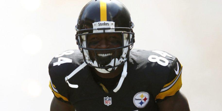 Steelers star WR Antonio Brown returns to the team