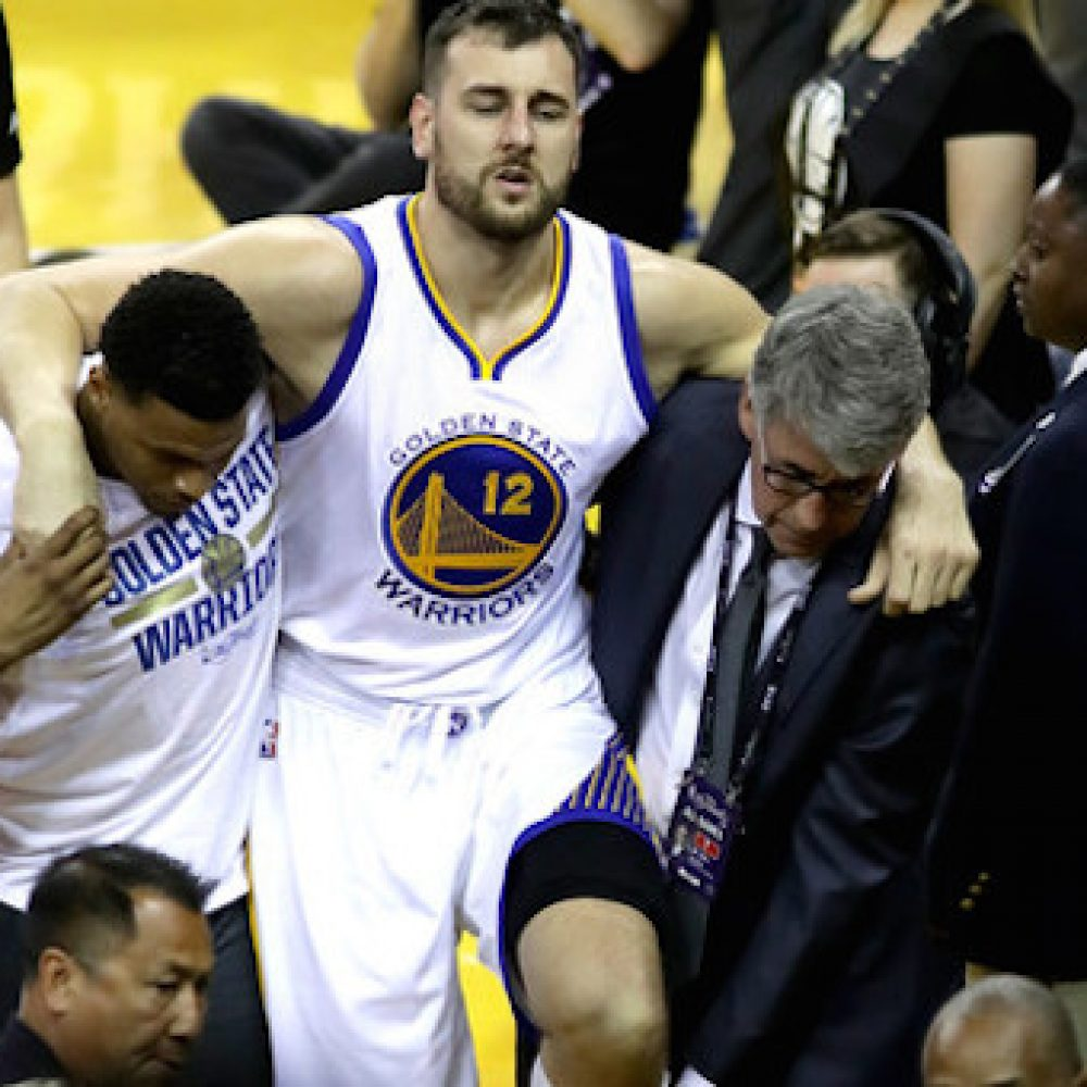 Andrew+Bogut+2016+NBA+Finals+Game+Five+IMA_uJw2fiql