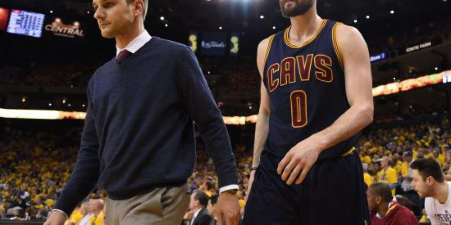 Cavaliers 'not actively' looking to trade forward Kevin Love