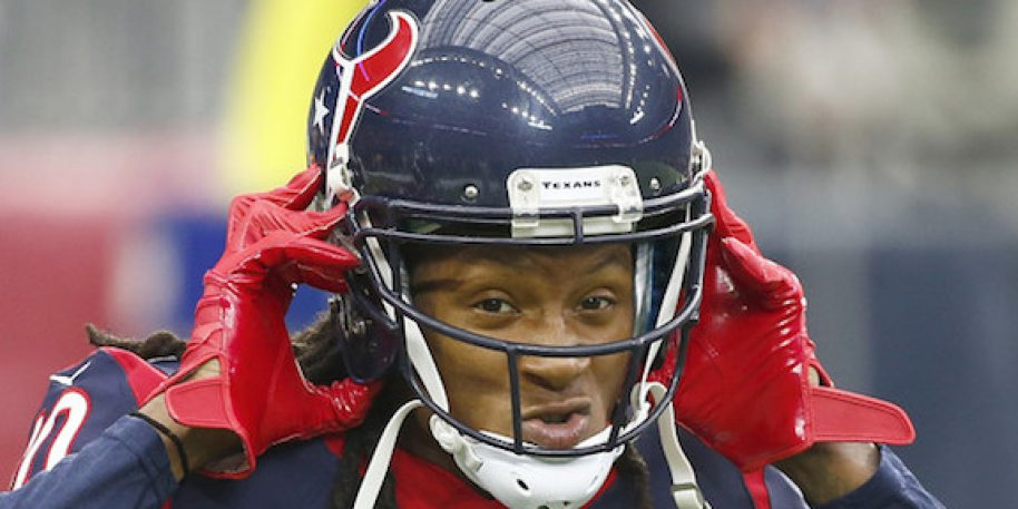 DeAndre Hopkins reacts to Patrick Mahomes' massive contract