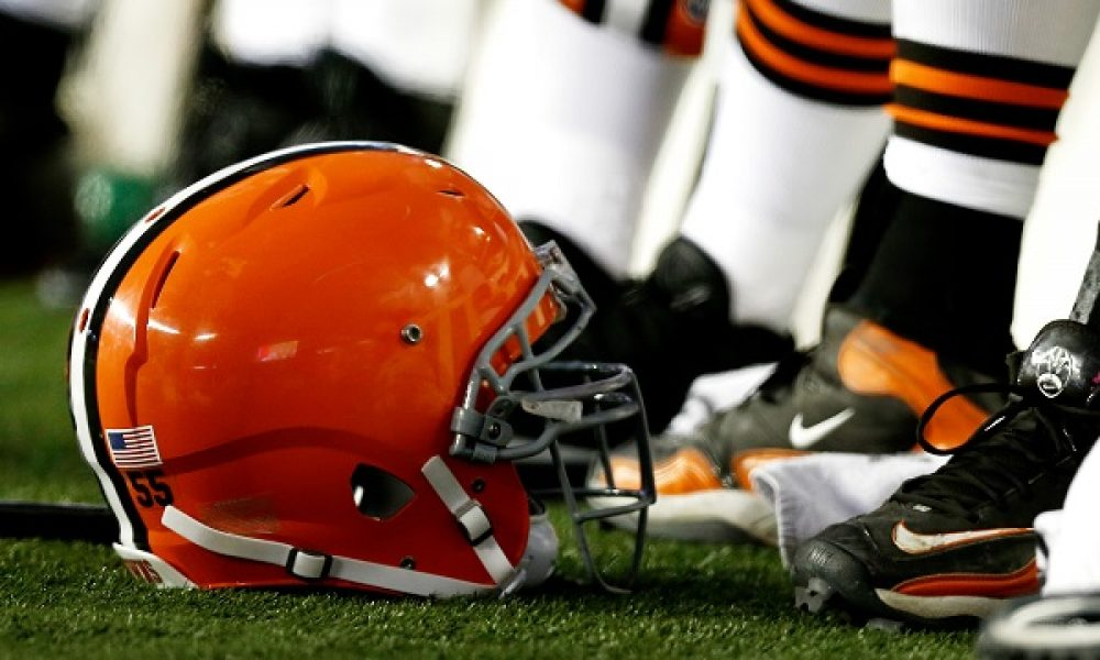 NFL: Cleveland Browns at New England Patriots