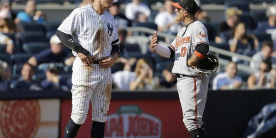 Aaron Judge Tells Manny Machado He Would Look Nice in Pinstripes