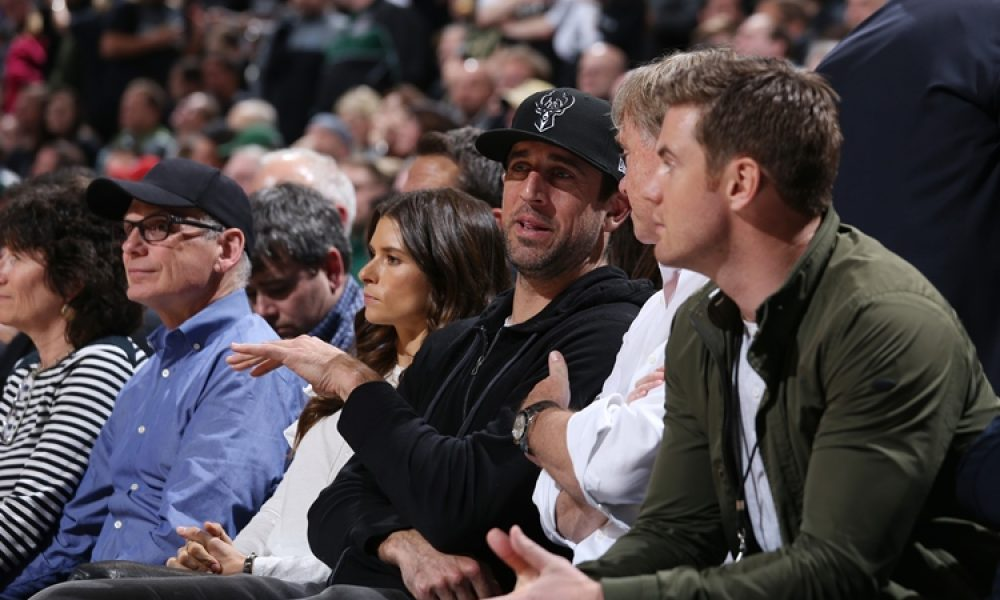 fea37485 Aaron Rodgers Takes Stake in Milwaukee Bucks - Betting Sports