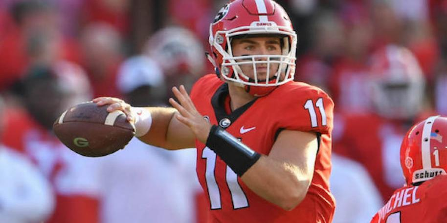 "UGA QB Jake Fromm breaks non-throwing hand in ""freak"" accident"