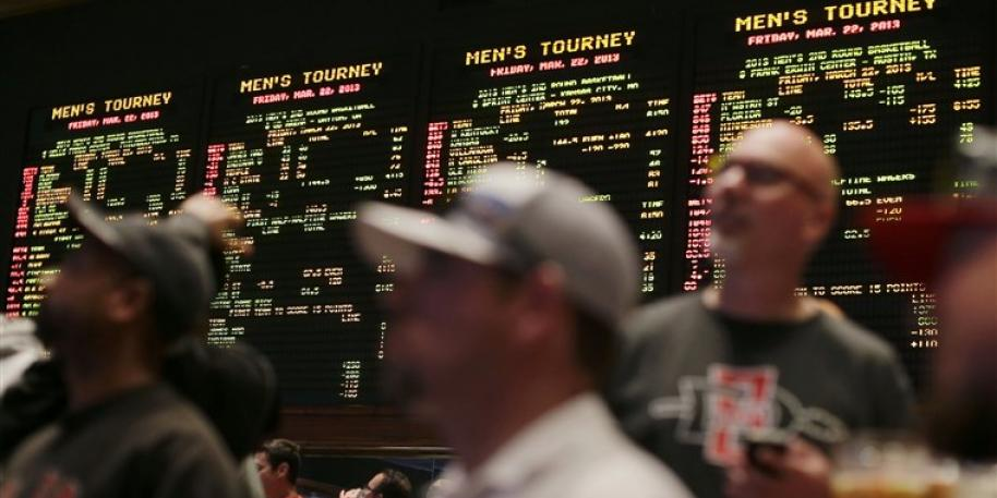 NCAA Reconfirms Stance on Betting, Some Schools Look Into Fees