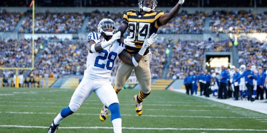 Odds Makers Like Antonio Brown to Lead NFL Wide Receivers in Yardage