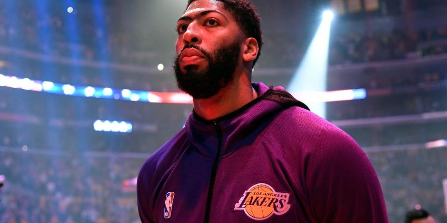 Anthony Davis Could Miss Golden State Warriors Clash