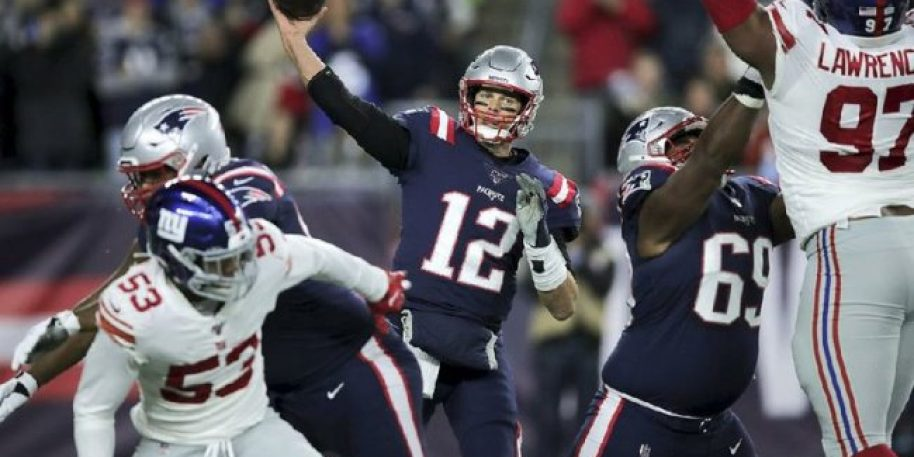 Tom Brady Passes Peyton Manning for 2nd All-Time in Passing Yardage